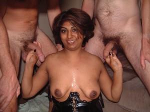 Indian MILF bukkake